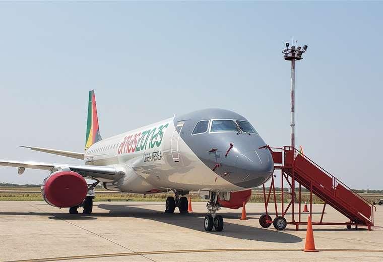 Amaszonas habilitó los vuelos solidarios en la ruta Santa Cruz - La Paz