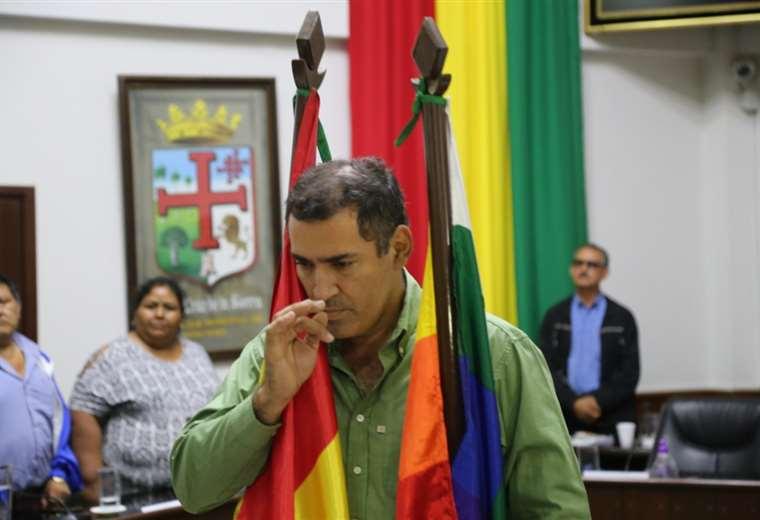 Hurtado juró como nuevo alcalde de Montero en el Concejo municipal. Foto: Juan Carlos Fernández