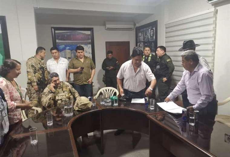 La reunión se desarrolló este sábado entre diferentes actores del conflicto
