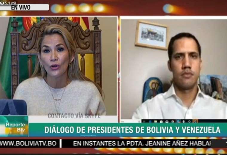 La conversación fue transmitida por Bolivia TV.