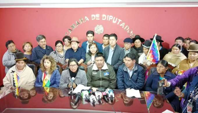 Los diputados manifestaron su  predisposición a sesionar para pacificar el país.