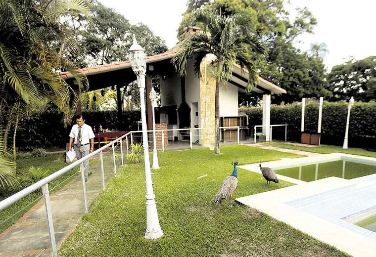 El ingreso a la quinta del exalcalde de Warnes. Foto: Jorge Ibáñez