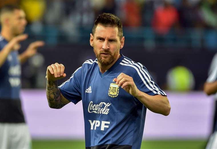 Lionel Messi durante una práctica con la selección de Argentina. Foto: AFP