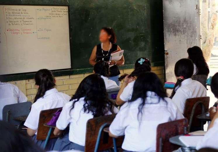 Clases escolares en La Paz