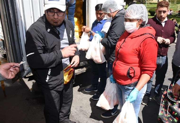 Se espera regularizar la provisión de alimentos en la urbe paceña I Foto: AMN.