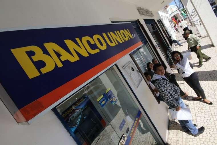 Imagen referencial de bancos en Bolivia