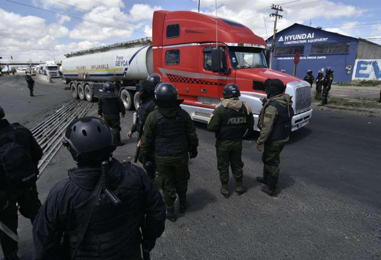 El hecho se registró al mediodía en El Alto I Foto: APG Noticias.