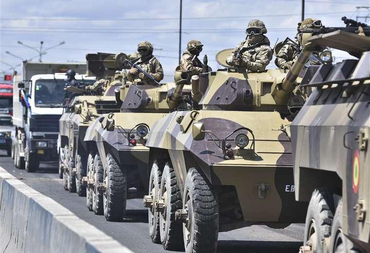 Los militares participan de operativos en las calles. (Foto: APG)
