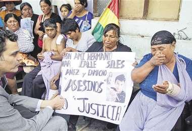 La misión de la CIDH viajó a Sacaba para escuchar el testimonio de heridos y familiares de fallecidos en la marcha intervenida el 15 de noviembre. Foto: APG Noticias