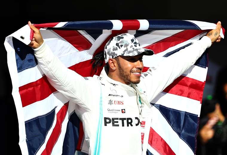 Lewis Hamilton celebra su sexto título. Foto: AFP
