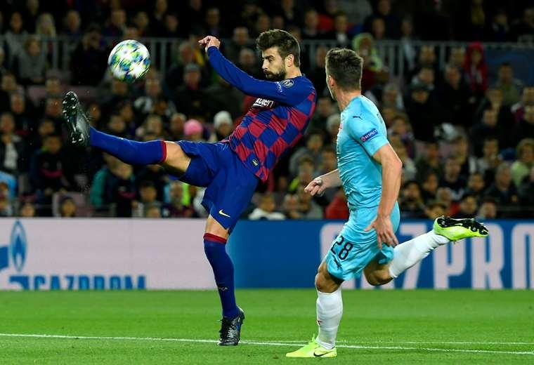 El partido entre Barcelona y Slavia Praga se juega en el Camp Nou. Foto. AFP