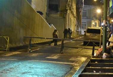 Cordones de seguridad en alrededores de Casa Grande I Foto: APG Noticias.