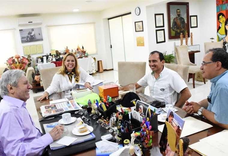 Reunión entre la CAO, Cainco y el Concejo