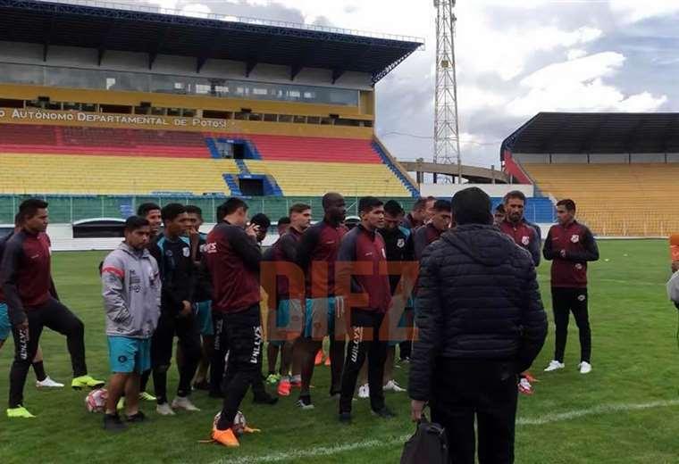 Los jugadores de Nacional Potosí no trabajaron