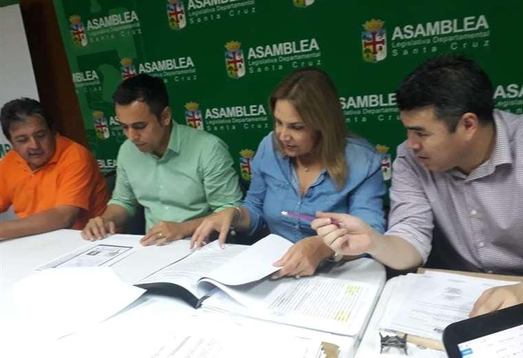 La Comisión de Constitución trabaja de manera intensa en la elecciones de los vocales departamentales