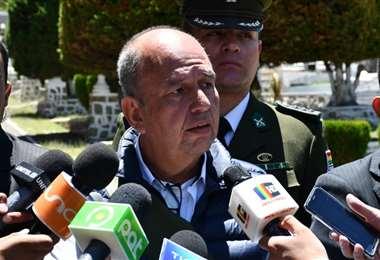 La autoridad en contacto con la prensa I Foto: Gobierno.