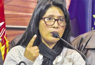 La presidenta del Senado, Eva Copa, fue uno de los personajes claves en la pacificación reciente del país