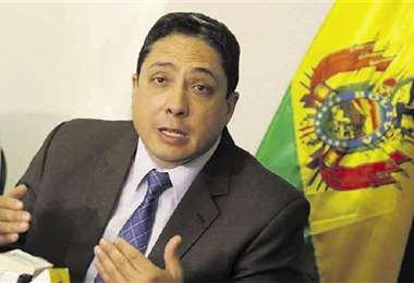 Exministro Arce es parte de los denunciados por la defensa de Leyes