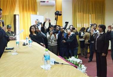El fiscal general del Estado tomó juramento a las nuevas autoridades. Foto: Fiscalía