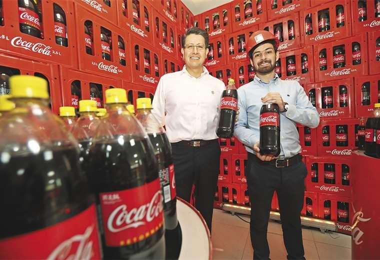 Dúo. Este año, Herbert Vargas y Nicolás Fortún lideraron Embol y Coca-Cola. FOTOS: FUAD LANDÍVAR / JORGE UECHI