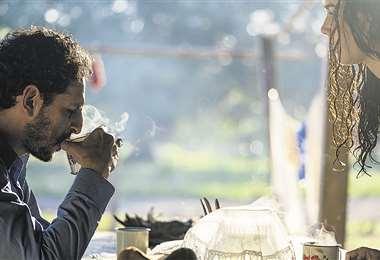 Mercado en una escena del filme, donde interpreta a un vaquero beniano que debe realizar un viaje en el que tendrá que lidiar con su pasado . Foto: ABUBUYA PRODUCCIONES