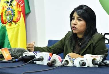 La defensora interina del Pueblo denunció que no les permiten trabajar con normalidad en las oficinas de Cochabamba y La Paz. Foto: ABI
