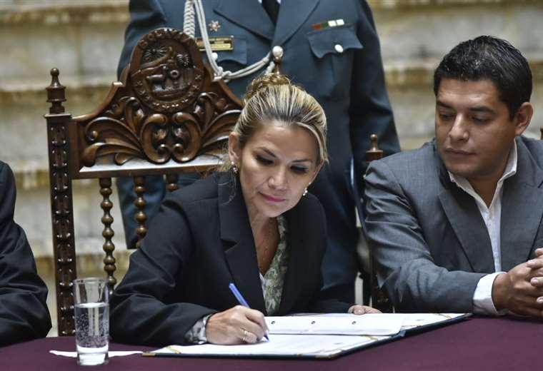 La jefa de Estado en Palacio Quemado I Foto: APG Noticias.
