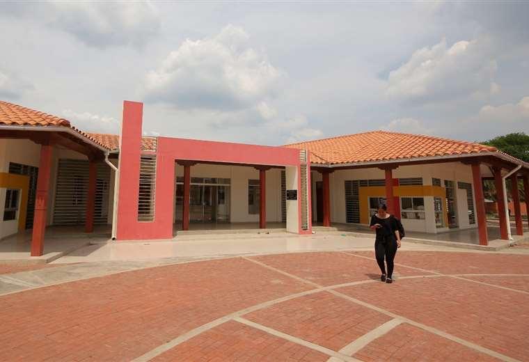 Una vista de la fachada de la biblioteca josesana. Foto: Jorge Ibañez