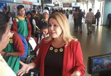 Antes de abordar un avión, Sosa habló sobre su agenda de reuniones