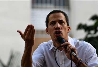 Guaidó admite que faltó ejercer mayor presión al Gobierno de Maduro. Foto: AFP