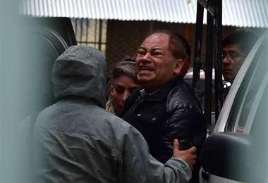El momento en que el exministro Carlos Romero es llevado a Fiscalía | Foto: APG