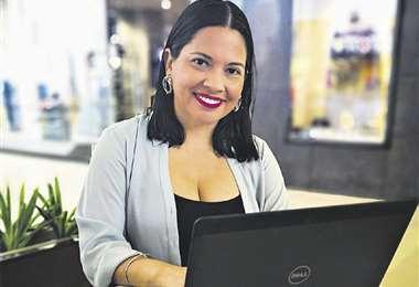 Lissette Vaca. Creadora de Ayas Mitaí, una plataforma virtual de asistencia infantil a domicilio