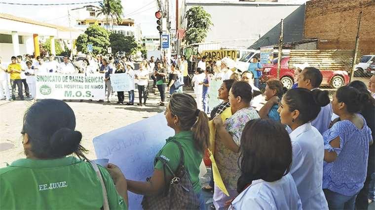 Resultado de imagen para protesta hospital de niños