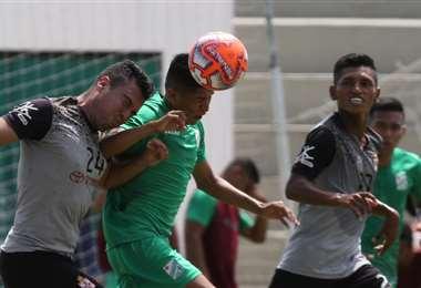 El equipo merengue jugó un partido de práctica ante Oriente el viernes en San Antonio. Foto. Hernán Virgo