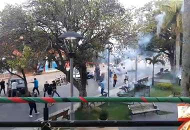 Los grupos se enfrentaron la tarde de este jueves. Foto: captura