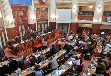 La sesión en el Legislativo I Foto: Senado.