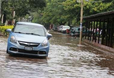 Tome sus previsiones ante los pronósticos de lluvias. Foto: Fuad Landívar