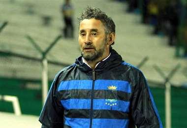 Miguel Ponce, DT de Blooming. Foto: APG