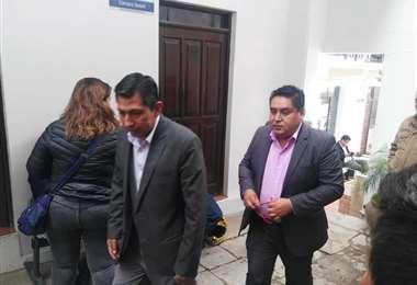 La exautoridades judiciales acudieron ante la Fiscalía en Sucre.