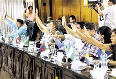 Asistieron todos los asambleístas y la norma se aprobó con unanimidad y sin mucho debate. Foto: Hernan Virgo