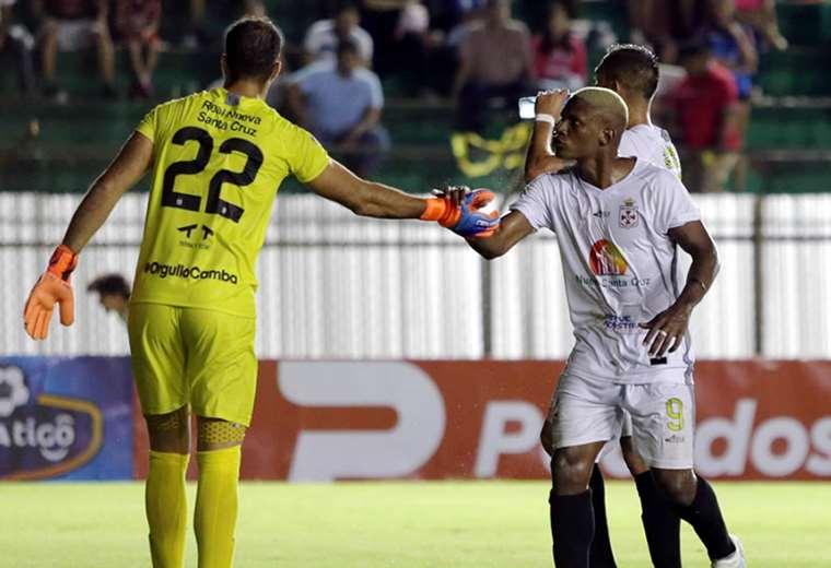 Carlos Navas se ha convertido en un jugador importante en Real santa Cruz. Foto: Jorge Ibáñez