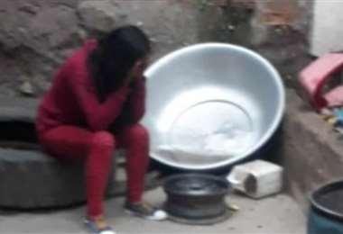 La mujer fue llevada a dependencias de la Felcv para prestar su declaración. (Foto: El Potosí)