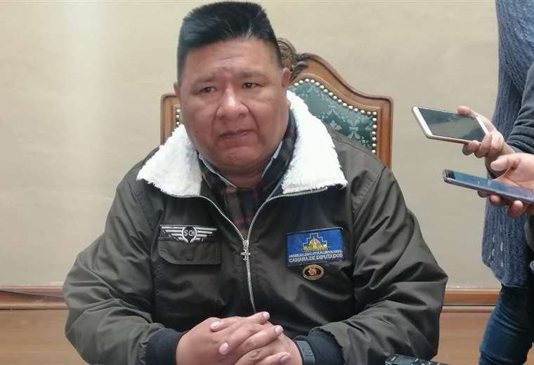 Choque sugirió en días pasados que Evo debe emitir un mensaje a la nación el 22 de enero.