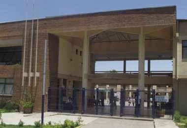 Al Liceo El Llano no llegó ningún alumno. Foto Internet