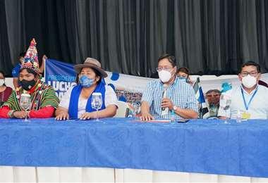 El candidato del MAS está en Cochabamba