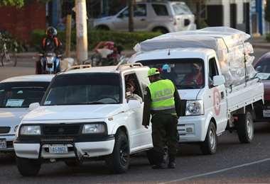 El 18 de octubre solo se podrá circular en vehículo con el permiso. Foto: Jorge Gutiérrez