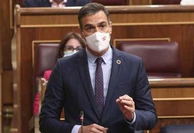 Sánchez alega que le medida es para contener la evolución del coronavirus