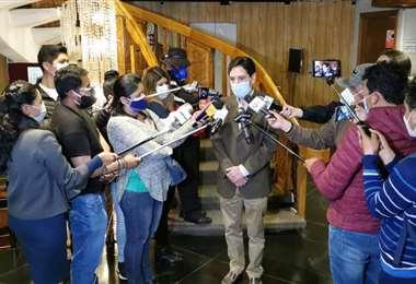 Salvador Romero atendió hoy a los medios. Abya Yala