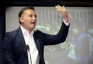 Visiblemente contrariado, López amenazó con enviar policías a Copaibo /Foto: ABI