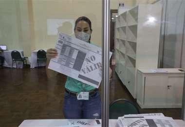 Cumpla la norma para que su voto sea respetado (Foto: Fuad Landívar)